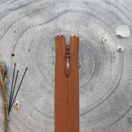 Atelier Brunette Chestnut Zipper