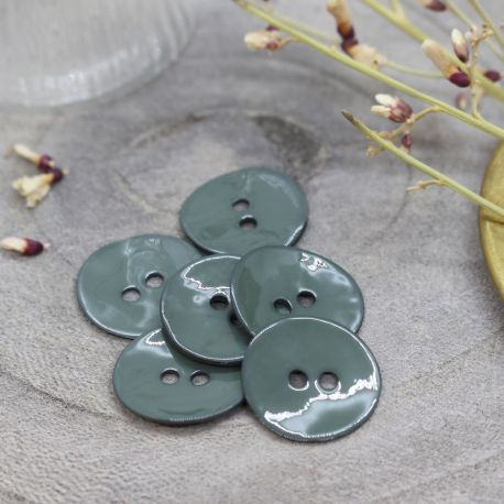 Glossy Buttons - Cedar