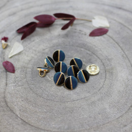 Wink Buttons Black - River