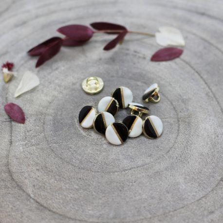 Wink Buttons Black - Sage